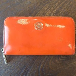 Tory Burch Patent Leather Wallet